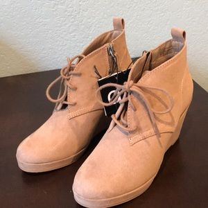 Brand New Suede taupe boots